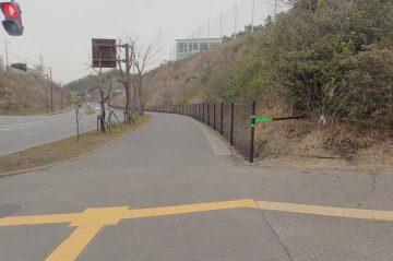 片島松岡バイパス線落石防護柵設置工事(大分市片島)