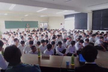 中津東高校「先輩の話を聞く会」にて講演を行いました。